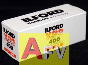Film Ilford XP2 400/120  proces C41  FEB 2021